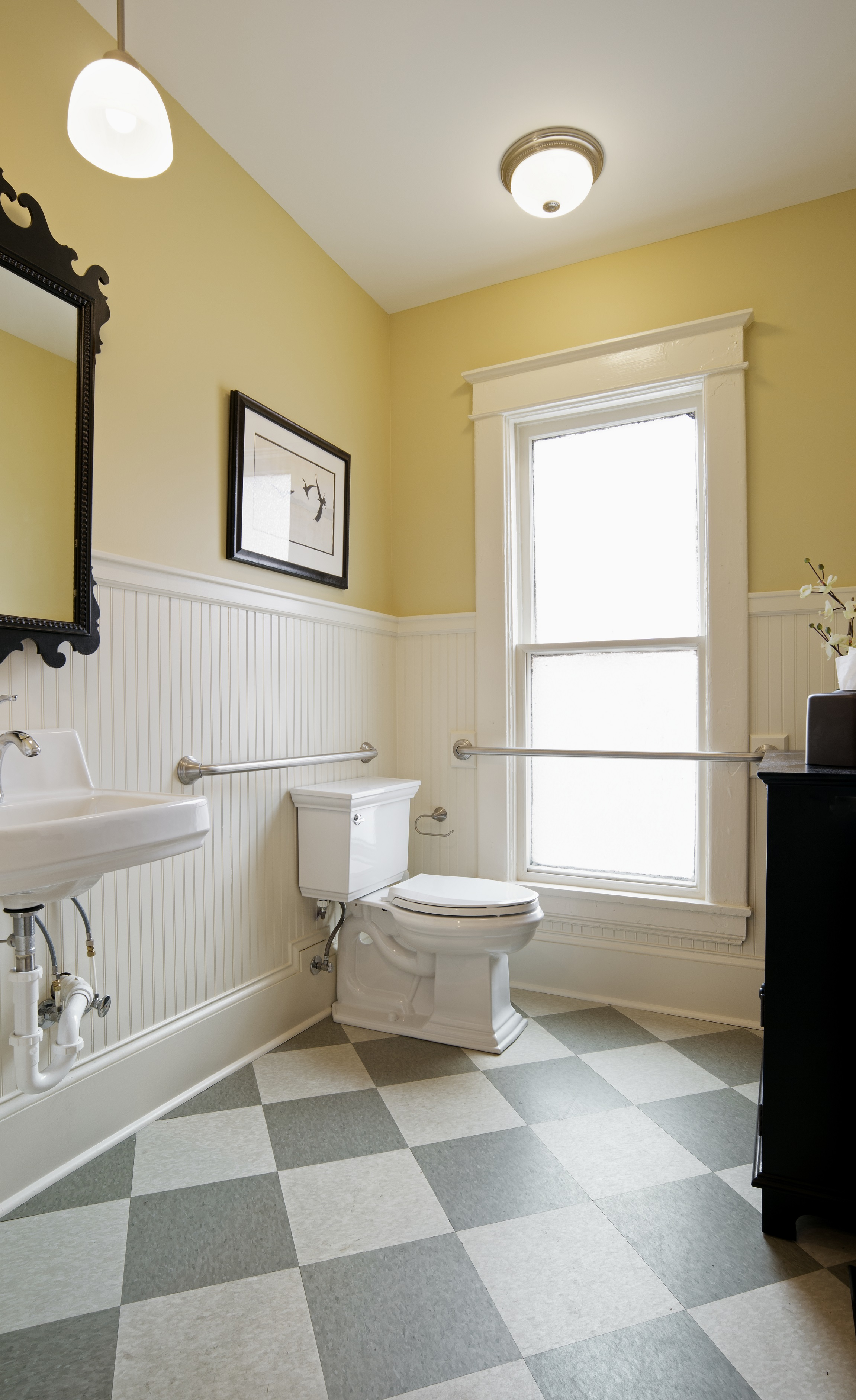Small Bathroom Remodel By Back Construction In Lexington