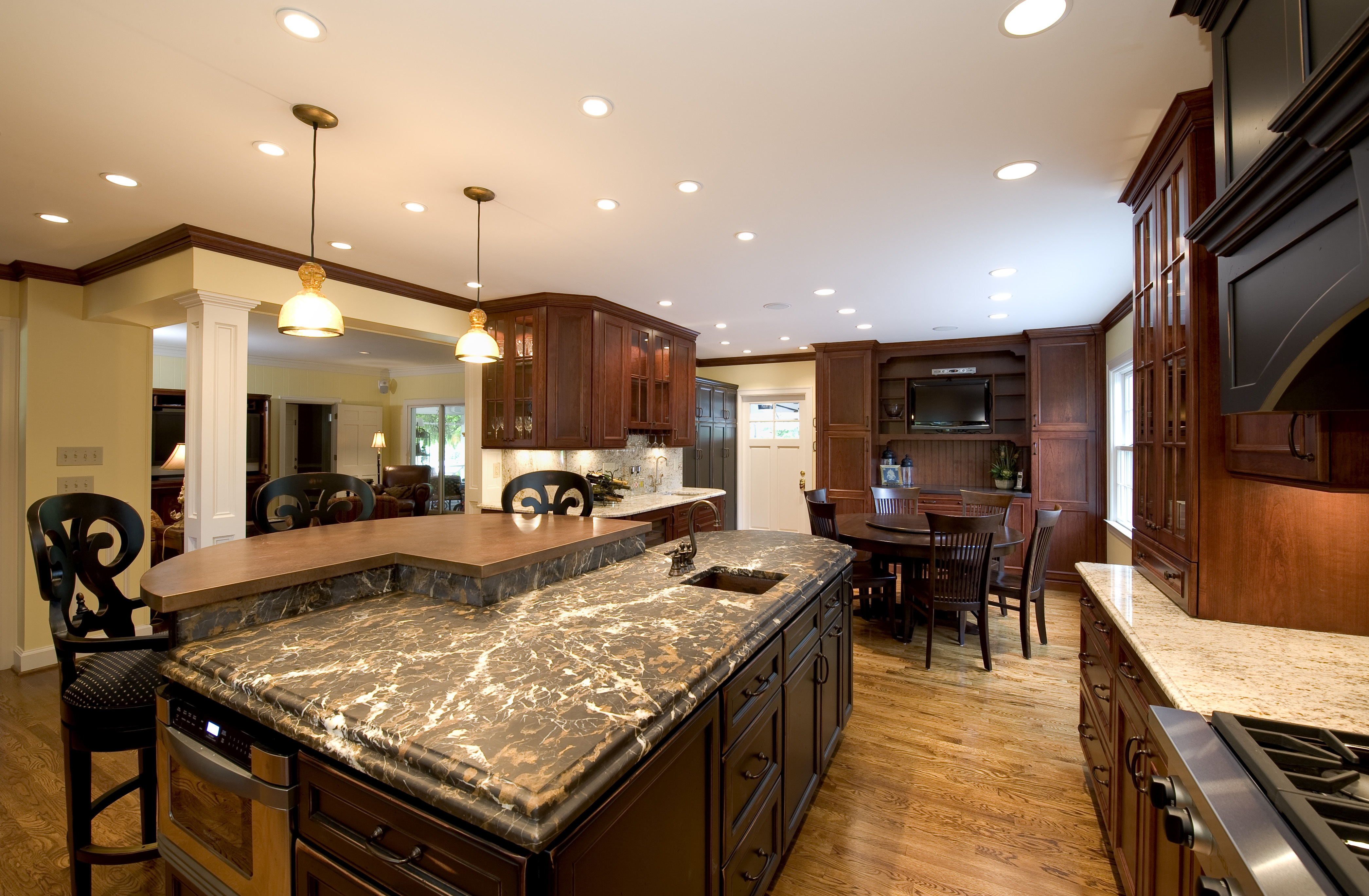 Kitchen cabinets by back construction in lexington kentucky for Kitchen cabinets quality levels